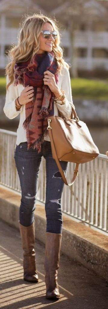 Fringe scarf + cable-knit pullover