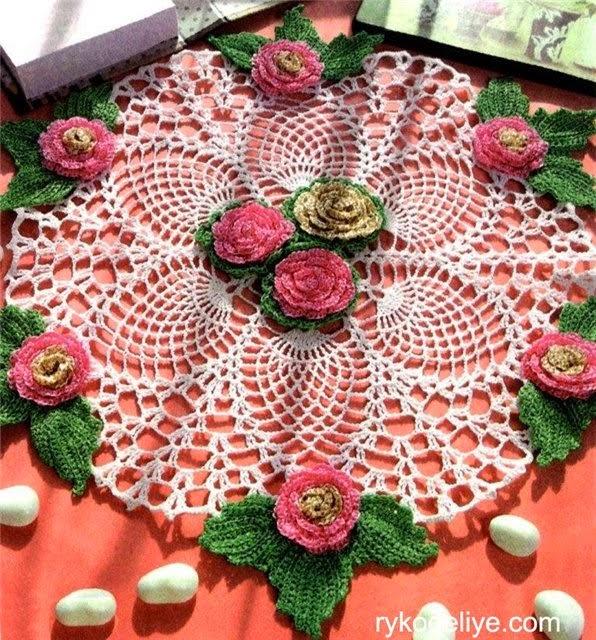 Patrones de carpeta floral tejida con ganchillo