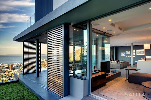 Open facade of South African modern house