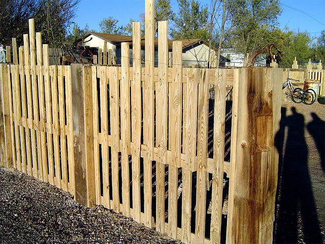 10 cercas de paletes de madeira reciclada