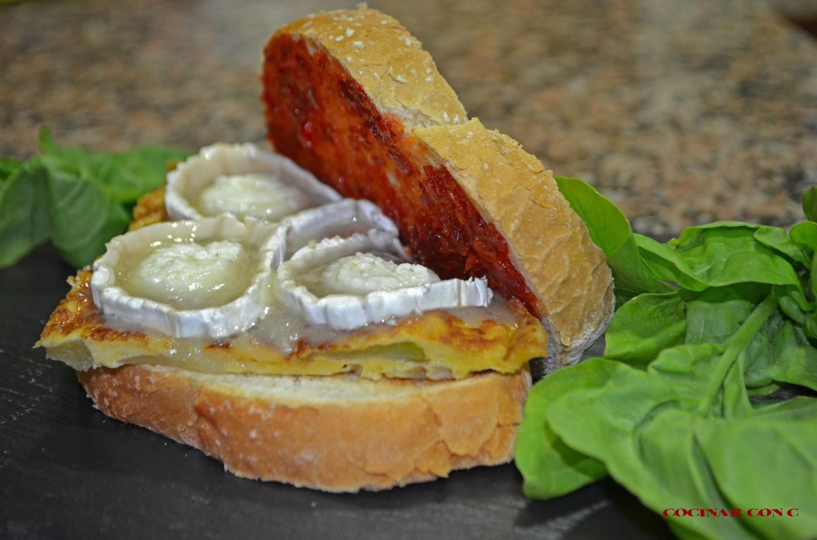 Cocinar con c montadito de tortilla de calabac n y for Cocinar queso de cabra