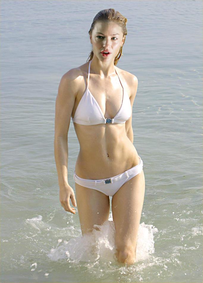 Dhoom 3 Tabrett Bethell bikini hot