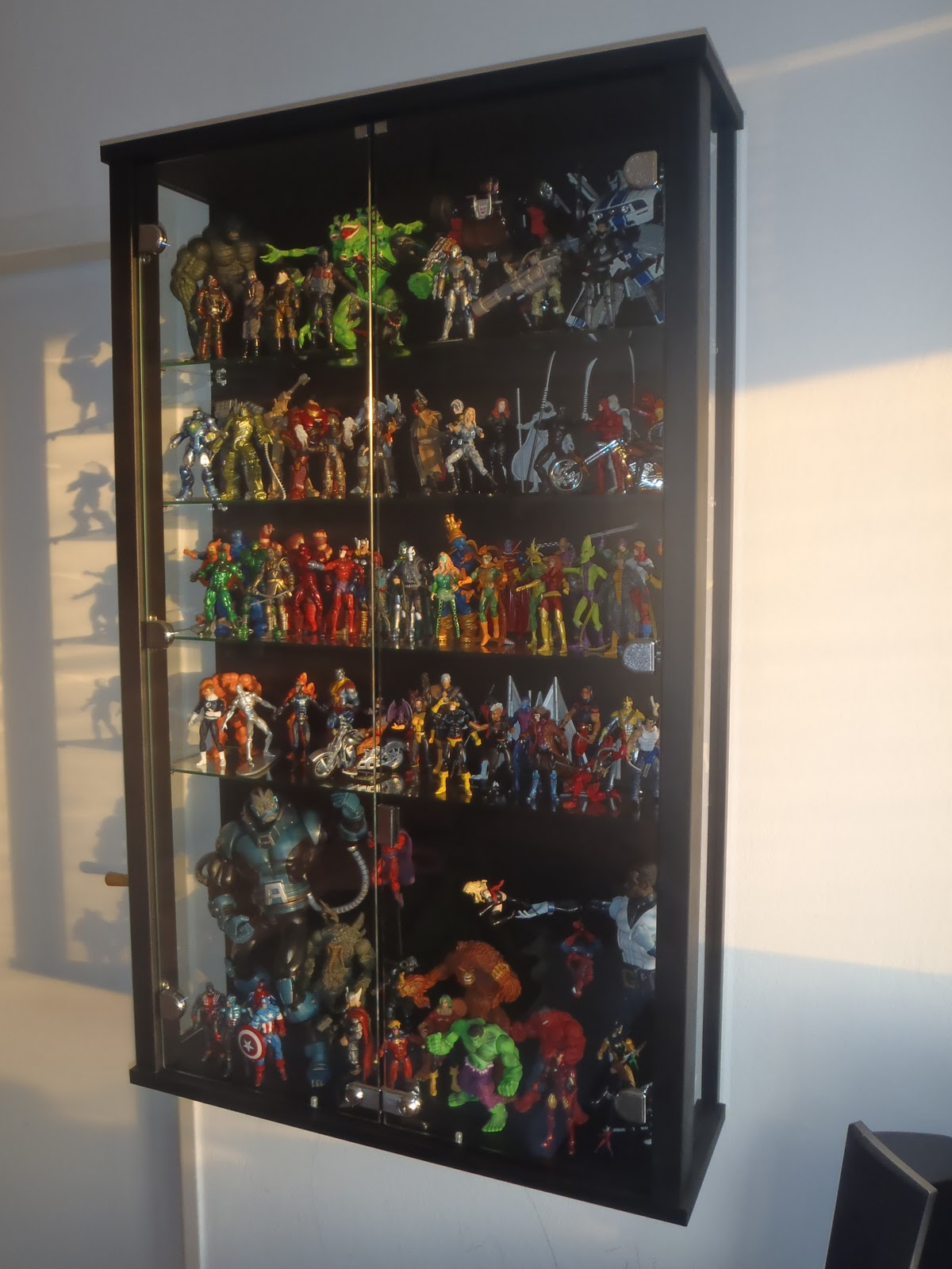 Display Units/Shelves - Toy Discussion at Toyark.com
