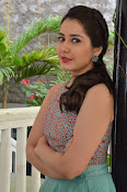 Rashi Khanna latest glam photo shoot-thumbnail-9
