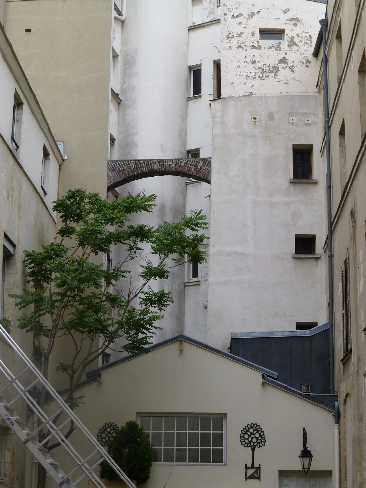 carolinelamalouine paris rue du bac. Black Bedroom Furniture Sets. Home Design Ideas