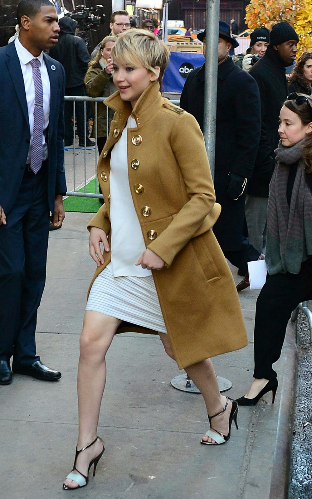 celebrity casual style for your daily look jennifer
