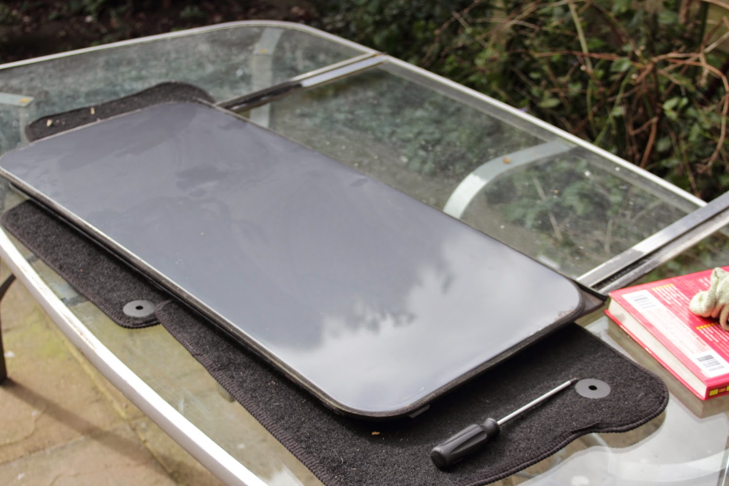 VW Golf MK2 Sunroof - Mechanism removed from car