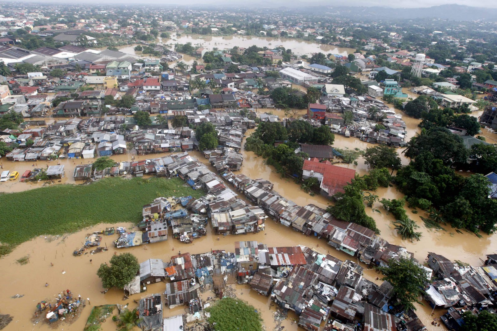 Bank Mandiri Salurkan Bantuan Korban Banjir Senilai 1,13 Milyar Rupiah