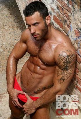 Italian Gay Porn Star - GIANI LUIGI