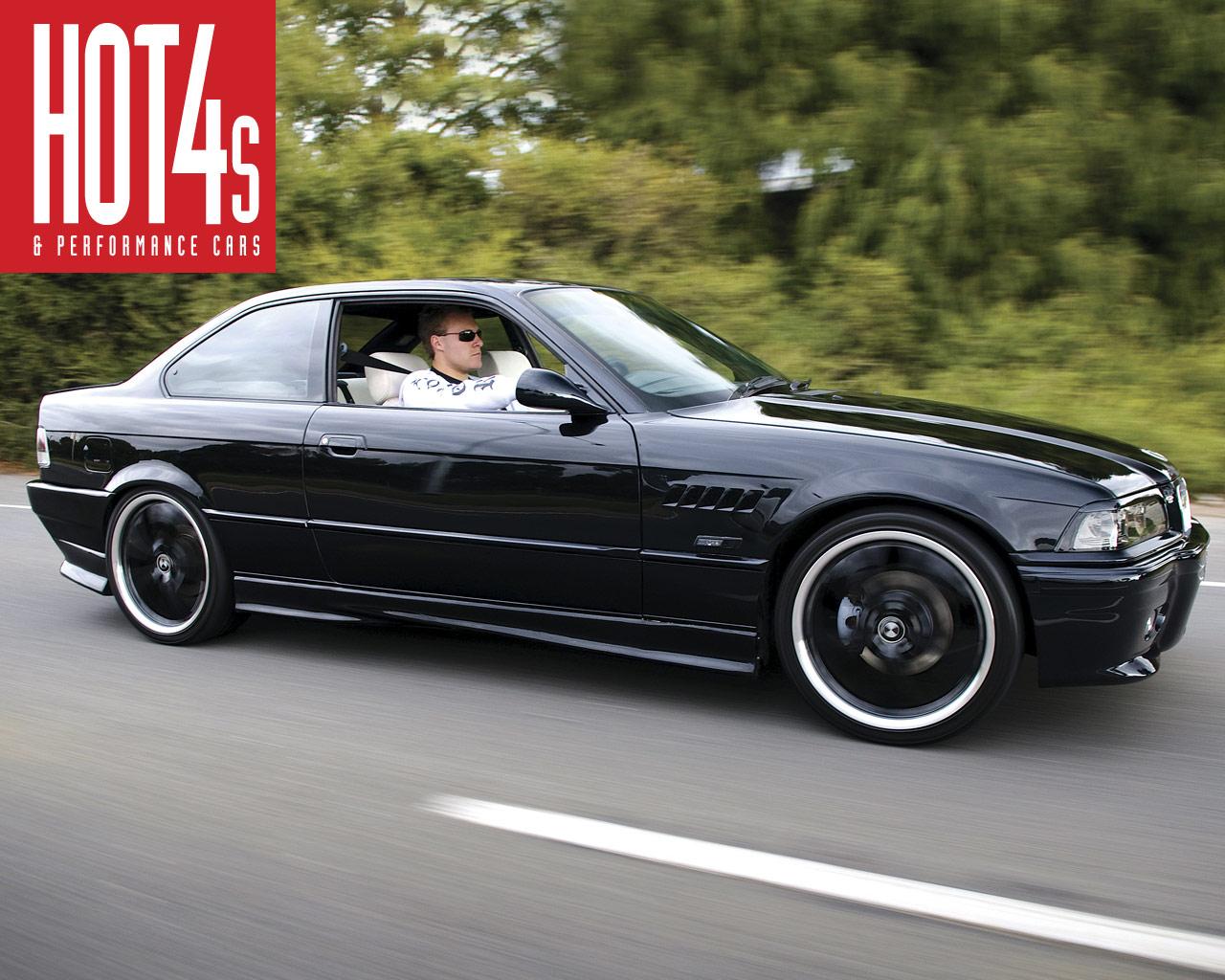 http://3.bp.blogspot.com/-fTNFvw45jnw/Te-piQmt3lI/AAAAAAAAAQs/ZiHhFfoI67U/s1600/BMW%2Bwallpaper.jpg