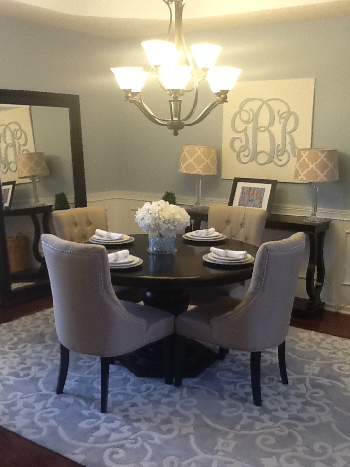Gotta love a little bling home tour sofa and grey trellis rug for Round dining room table centerpieces