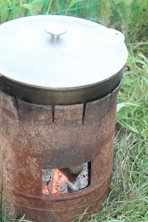 Самодельная печь для казана из б/у газового баллона.