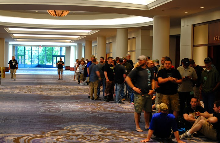 The line to get into the 2014 Blade Show