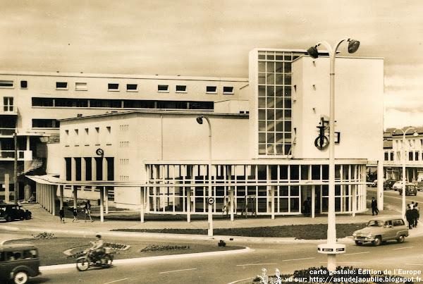 Royan - Bureau de Poste, La Poste  Architecte: André Ursault  Projet / Construction: 1951- 1955