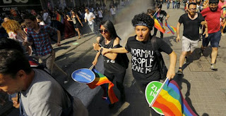 http://freshsnews.blogspot.com/2015/06/28gay-pride.html