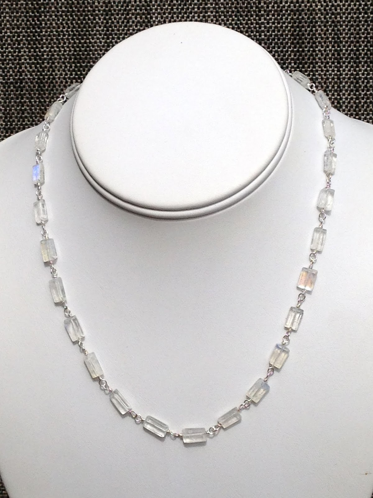 Lisa Yang\'s Jewelry Blog: Moonstone Wire Wrap Necklace