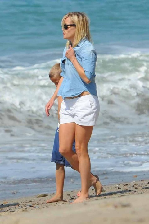 0706 Reese Witherspoon Tattoo 3jpg