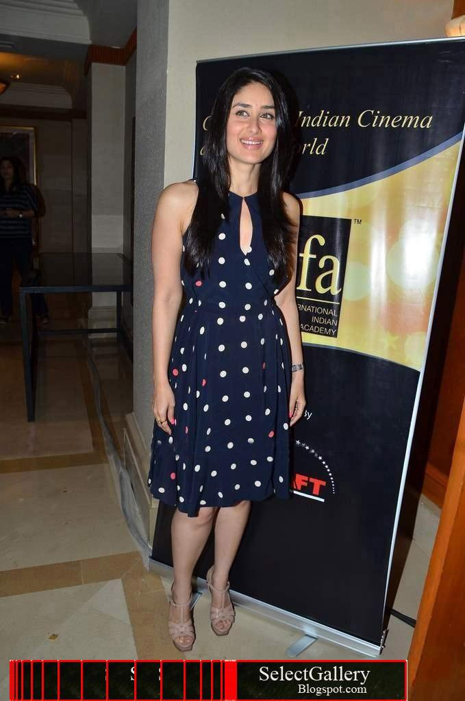 kareena Kapoor in Blue Dress1 - kareena Kapoor in Blue Dress - Latest