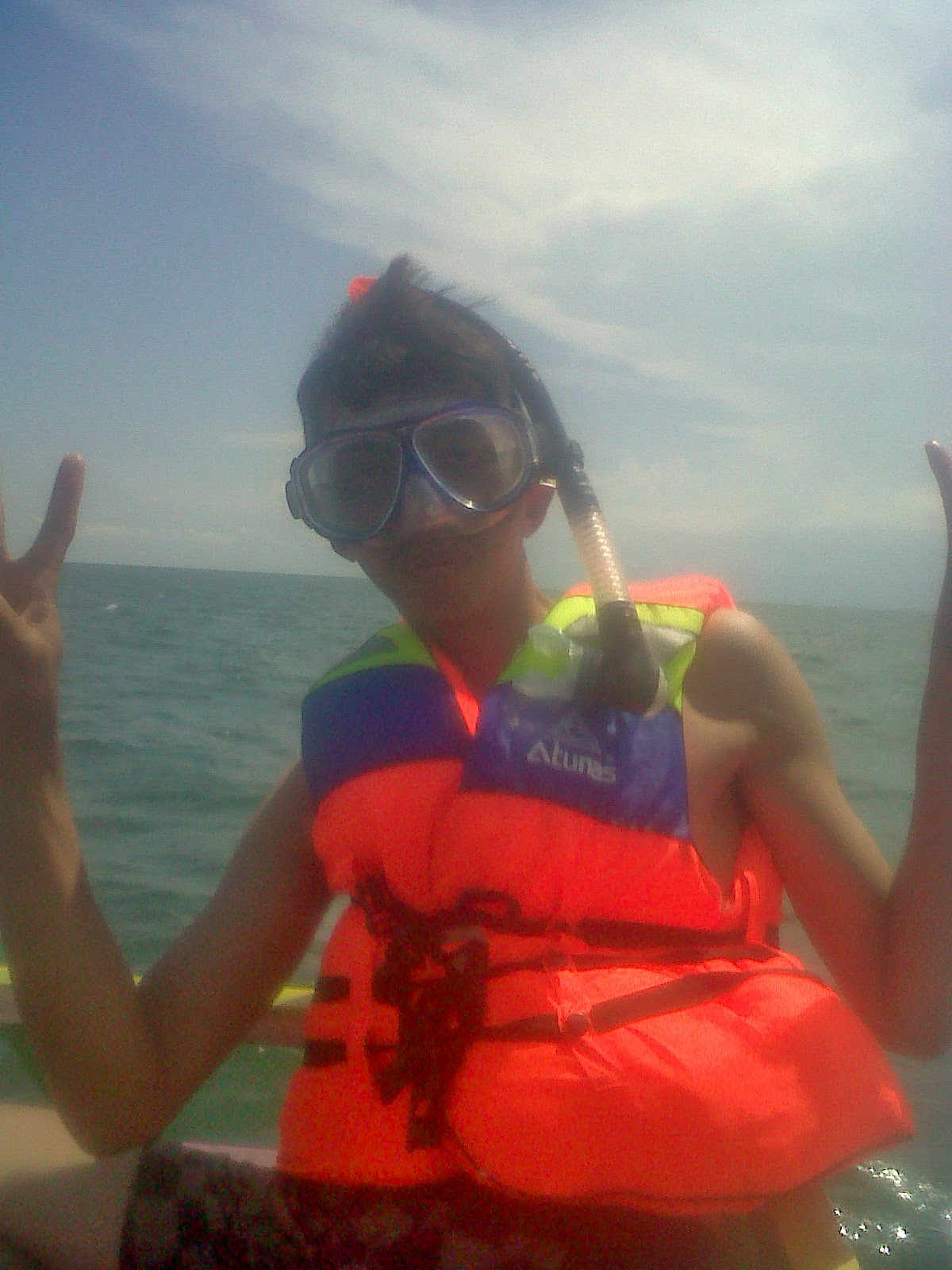 snorkling-pantai-angsana