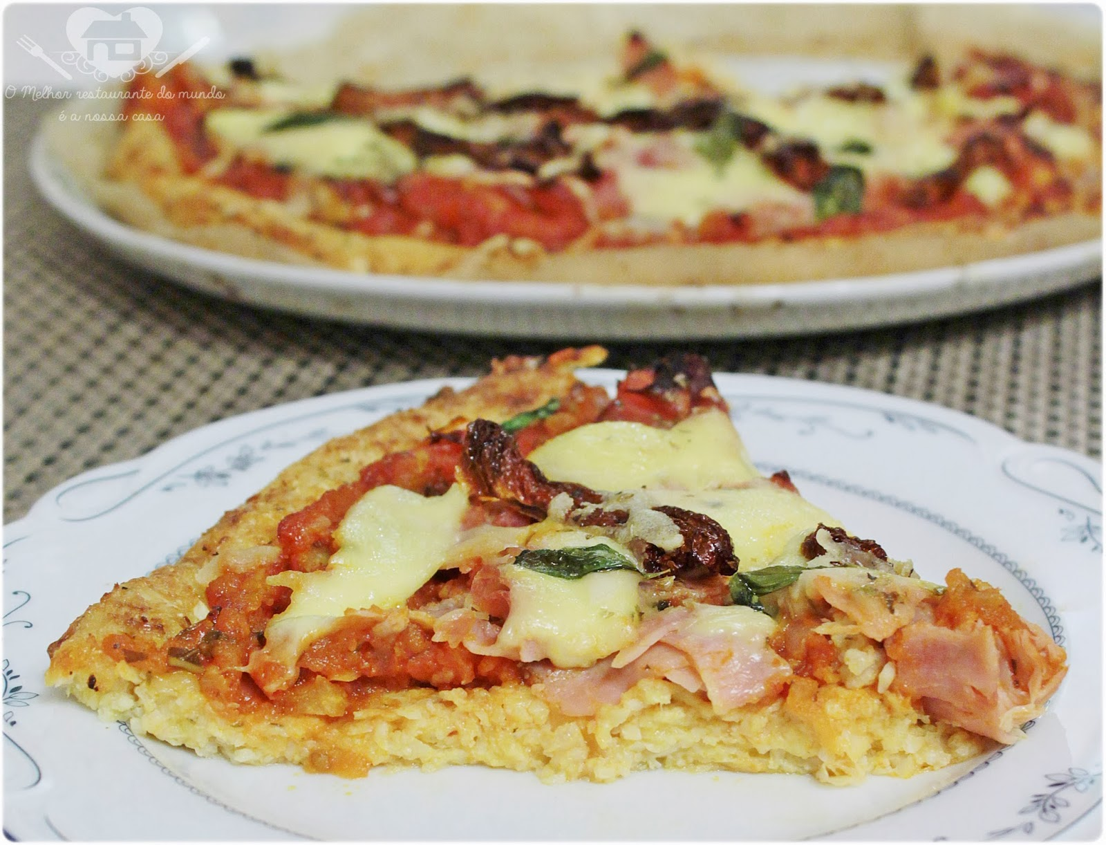 Pizza de brócolis sem farinha de trigo para celíacos e nao celíacos