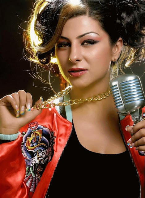 UK-Ind Rapper Hard Kaur playing in BCL(Box Cricket League) |Biography |Album |Songs