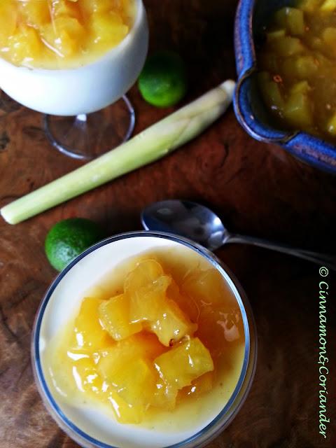 Kokos Limetten Mousse mit Rum Ananas Kompott