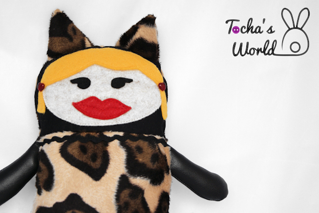quirky toy, vegan toy, cat, cougar