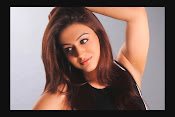 Aksha Latest Glamorous Photo Session Gallery-thumbnail-1