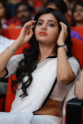 Samantha sizzling in white saree-thumbnail-9