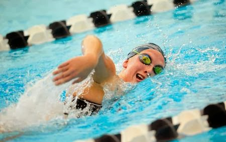 Swimming in Cold Water Burns Calories Faster?