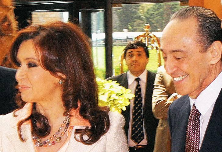 http://3.bp.blogspot.com/-fVnA-eu4mNc/UfVYGVR-fqI/AAAAAAAAql8/HoPnbbtlUrk/s1600/CFK+Magnetto.jpg