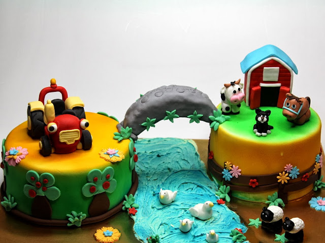 Tractor Tom Birthday Cake - London Cakes