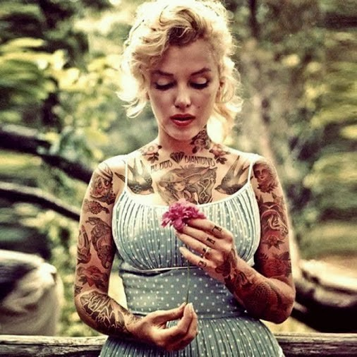 Marilyn tatuada, precioso foto-montaje.