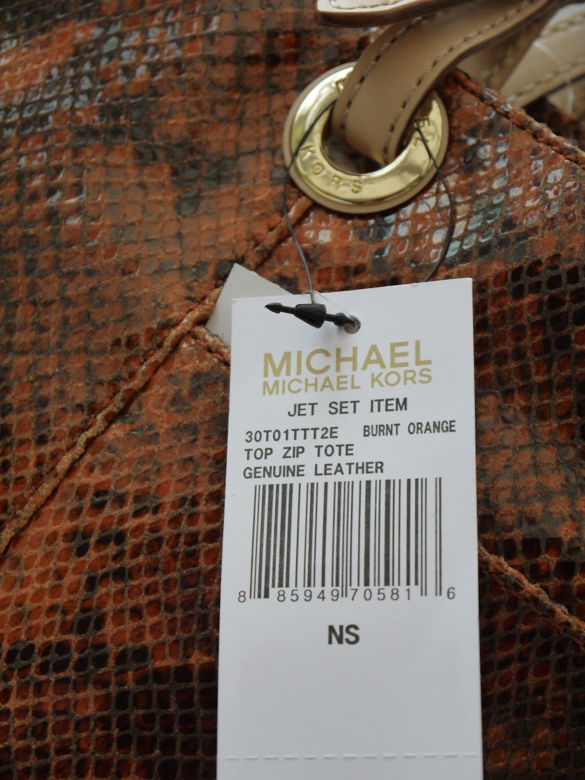 8c048af37dc Stunning MICHAEL Michael Kors Jet Set Tote Bag in burnt orange. Luxury  Genuine Leather.  SOLD SOLD SOLD  Email me at mummyandco gmail.com if  interested.