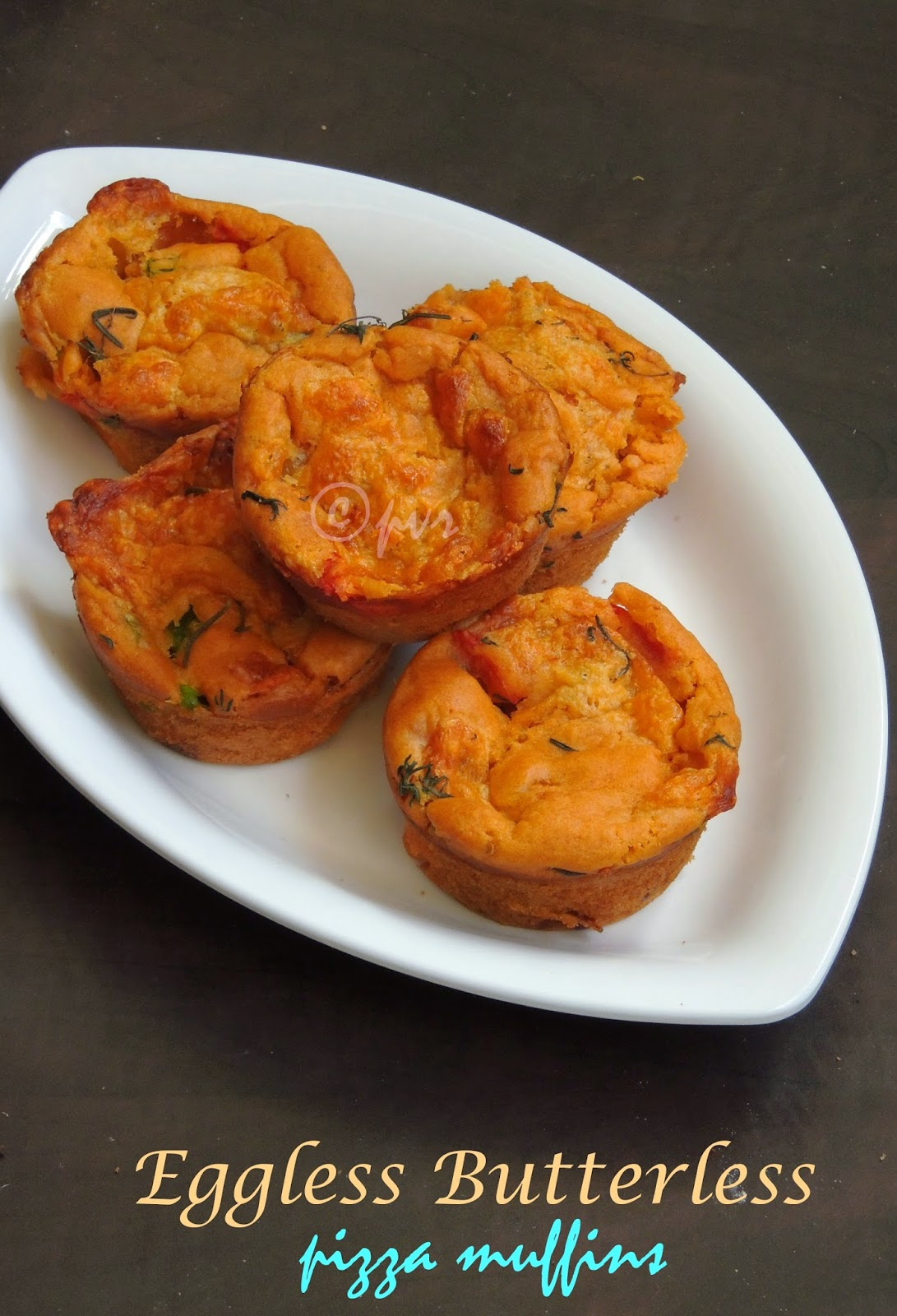 Eggless Butterless Pizza Muffins, eggless spicy pizza muffins, vegetable pizza muffins
