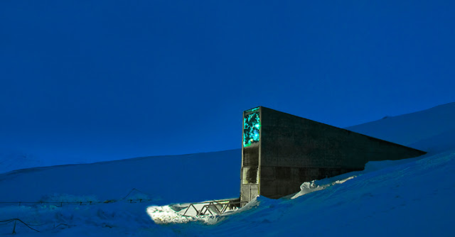 "Why are Bill Gates and Monsanto Funding A ""Doomsday"" Seed Vault?"