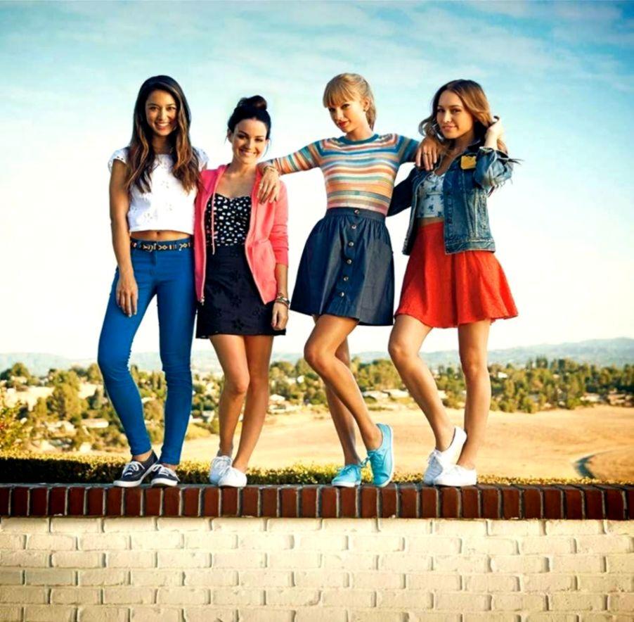 Summer Fashion Girls