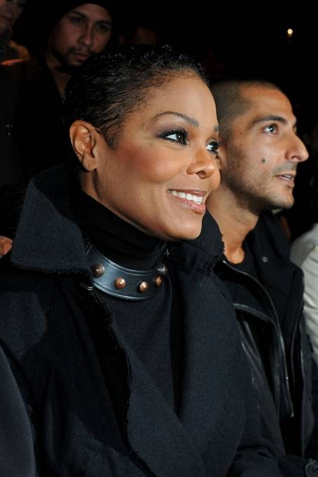 Allen Sean Phillip: Thats the way love goes! Janet