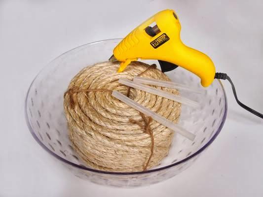 Cómo hacer un colgador de ollas de barro -