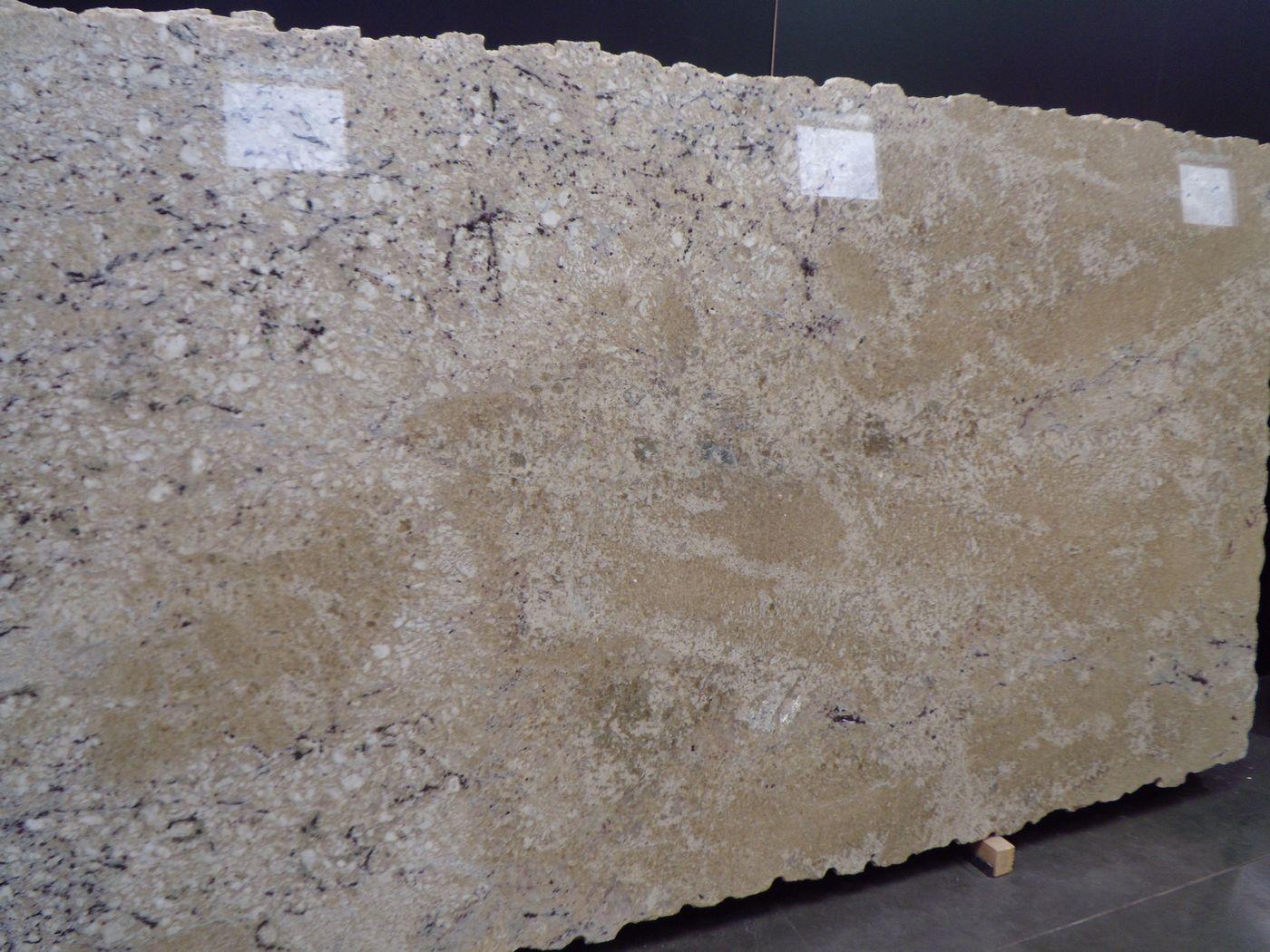 Bianco Romano Granite:Bianco Romano Granite Bianco romano granite in 3 cm