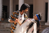 Mirchi Lanti Kurradu Movie photos Gallery-thumbnail-4
