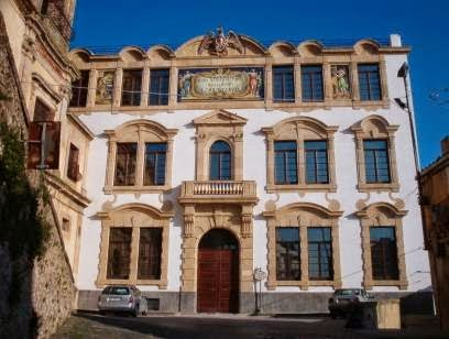 """Liceo Artistico """"Luigi Sturzo"""" in design ceramico"""