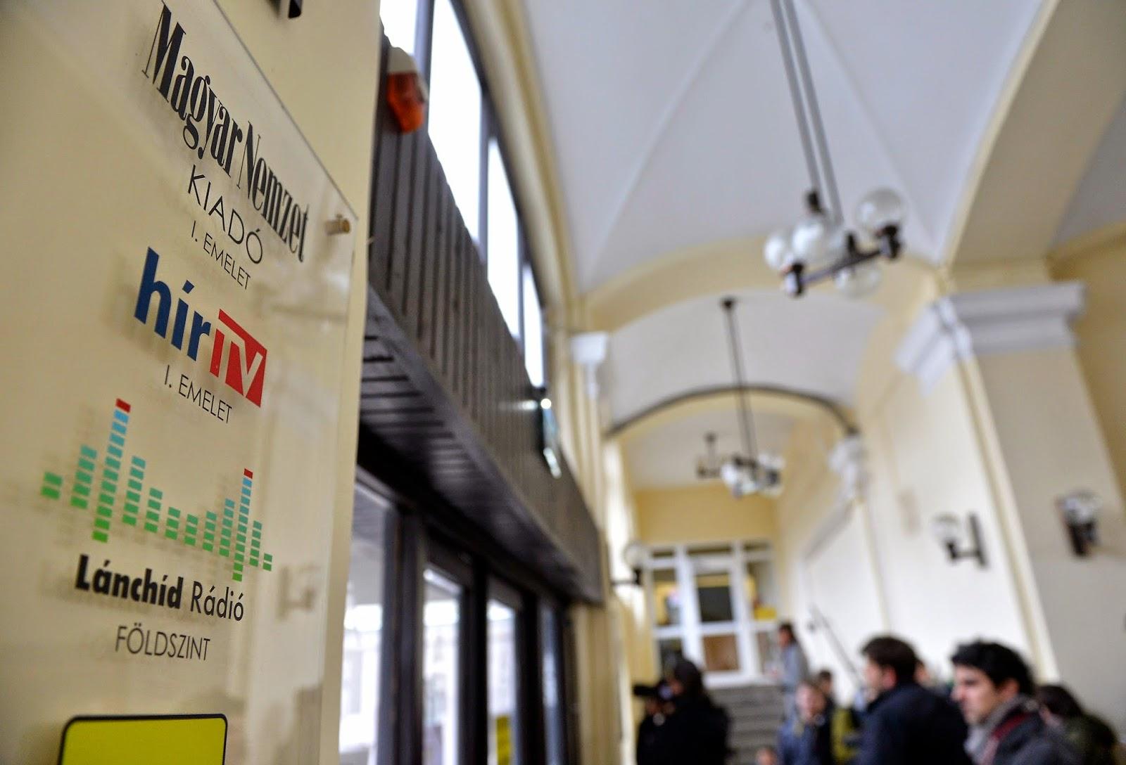 Orbán Viktor, Simicska Lajos, Simicska kontra Orbán, sajtó, média, reklámadó, Magyar Nemzet, HírTV, Lánchíd Rádió, Orbán