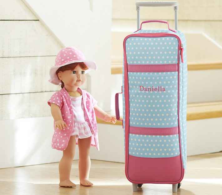 All My AG Dolls Oh MY: Looking for a Doll Carrier?: http://taraheartag.blogspot.com/2013/05/looking-for-doll-carrier.html