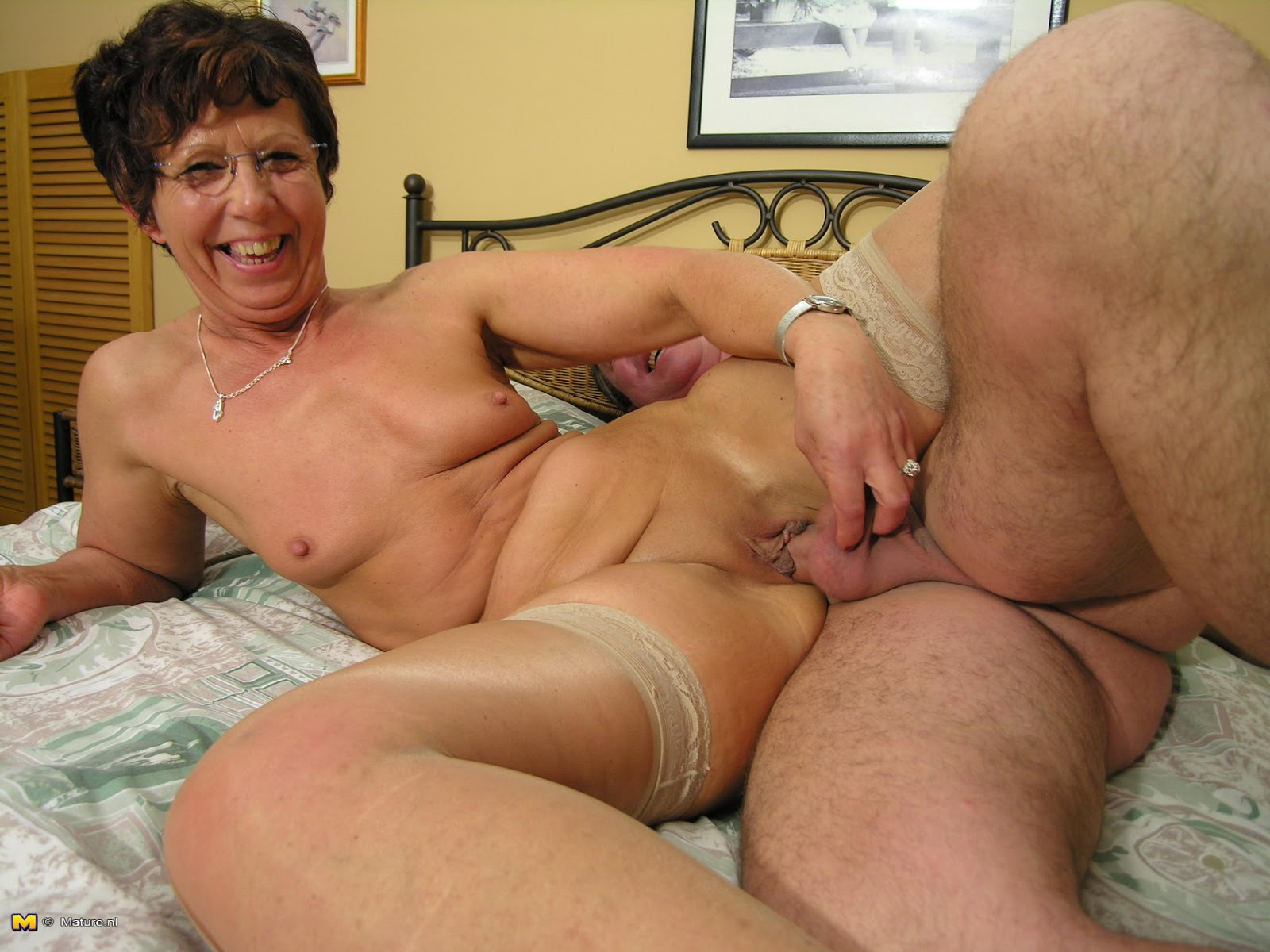 Anneke Sex Mature 57