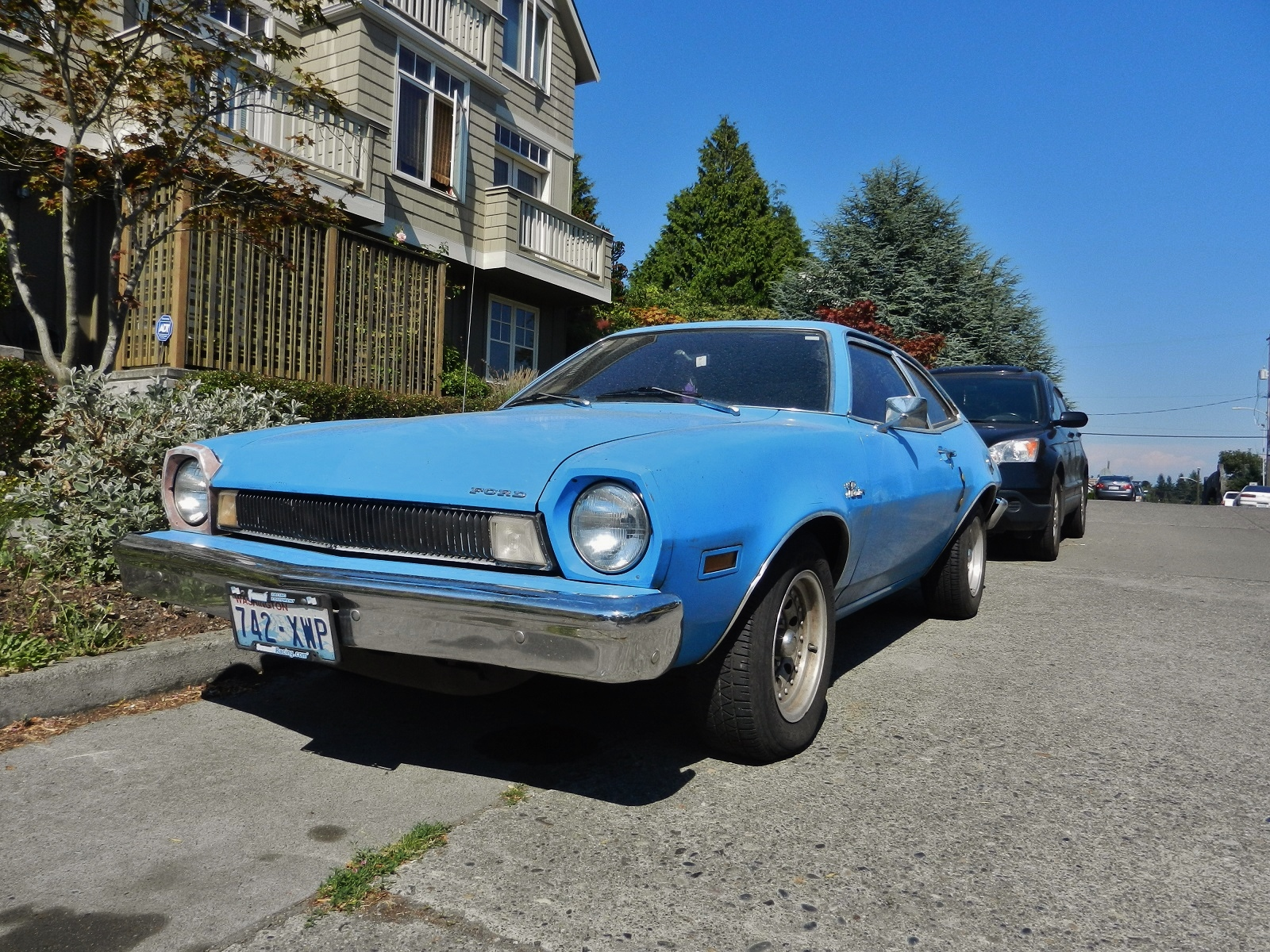 Seattle's Parked Cars: 1974 Ford Pinto Runabout