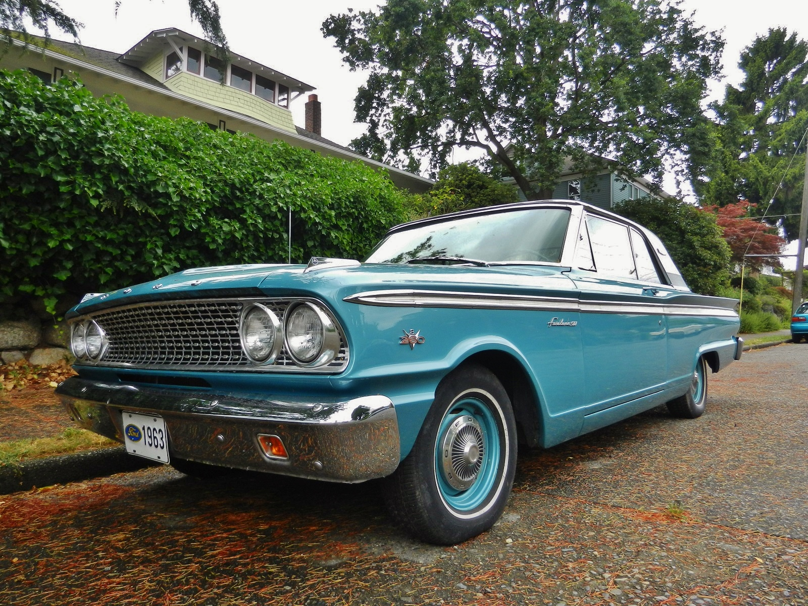 seattle 39 s parked cars 1963 ford fairlane 500. Black Bedroom Furniture Sets. Home Design Ideas