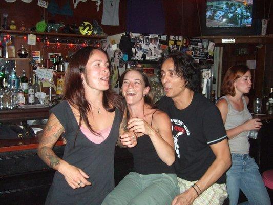 Lesbian bars in melbourne