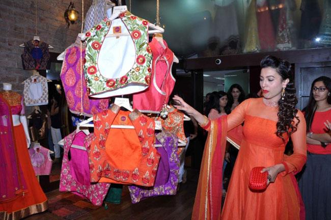 Bollywood Cuties Hot Stills at Sonam Modi Collection Launch