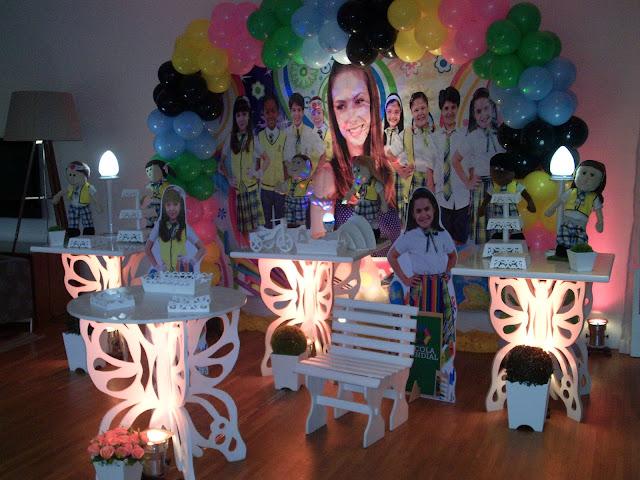Decoração infantil com mesa provençal - Carrocel